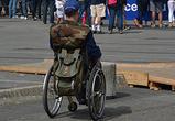 В Воронеже ищут очевидцев ДТП в центре: машина сбила парня в инвалидной коляске