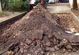 В центре Воронежа неизвестный тракторист перекопал дорогу, заблокировав проезд