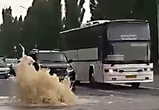 В Воронеже новую дорогу, где забил «гейзер», закроют на неделю для ремонта