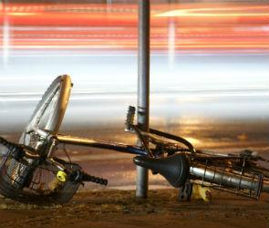 В центре Воронежа водитель кроссовера сбил велосипедиста