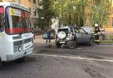 Четыре человека пострадали в столкновении автобуса и «Нивы» в Воронеже