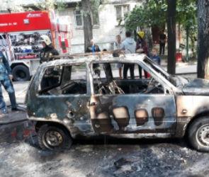 На левом берегу Воронежа загорелся автомобиль