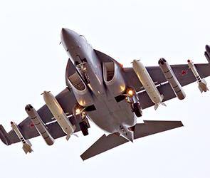 Под Воронежем около аэродрома Борисоглебска разбился военный самолет Як-130