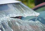 В Воронеже пенсионер на ВАЗе погиб, врезавшись в припаркованную фуру