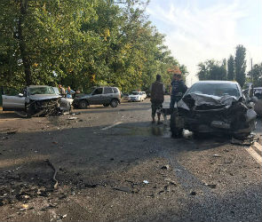 По факту массовой аварии на Волгоградской возбудили уголовное дело