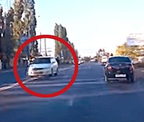 В соцсетях обсуждают видео с неадекватным воронежским «гонщиком» на встречке
