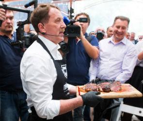«Воронеж — мясная столица», день #2: съесть стейк от губернатора