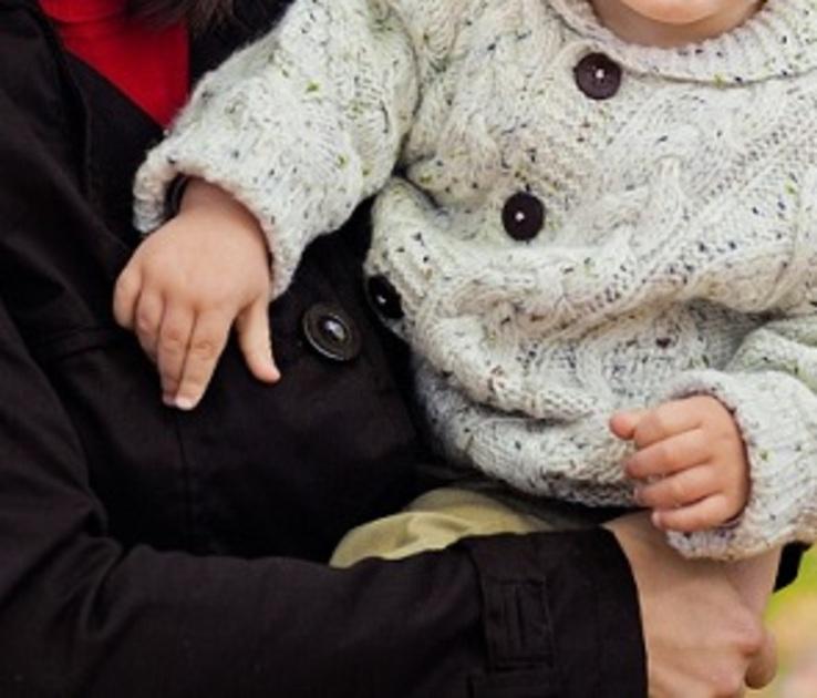 В Воронеже водитель «Мерседеса» избил девушку с грудным ребенком