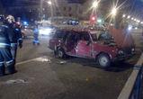 В воронежской ночной аварии с участием «четверки» пострадал  человек