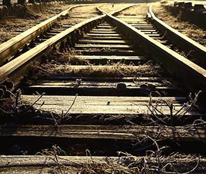 Второе за сутки ЧП на железной дороге – грузовой поезд сбил 33-летнего воронежца