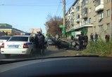 Очевидцы: в Воронеже спасатели задержали пьяного водителя перевернувшегося ВАЗа