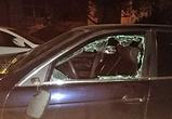 В Воронеже сообщают о банде неизвестных, разгромивших две иномарки - фото