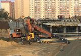 При строительстве развязки на улице 9 Января рухнул кран