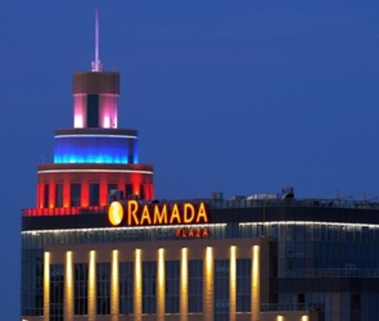 Воронежский суд обязал подрядчика Ramada Plaza переделать фасад гостиницы