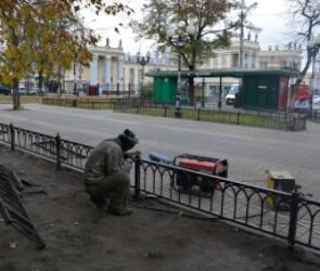 У вокзала «Воронеж-1» начали благоустраивать сквер