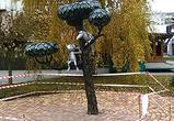 В Воронеже вандалы пытались сломать памятник Котенку с улицы Лизюкова - фото
