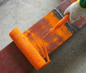 Как красить металл: наружные и внутренние работы