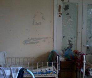 Женщина с больным ребенком сбежали из воронежской больницы из-за антисанитарии