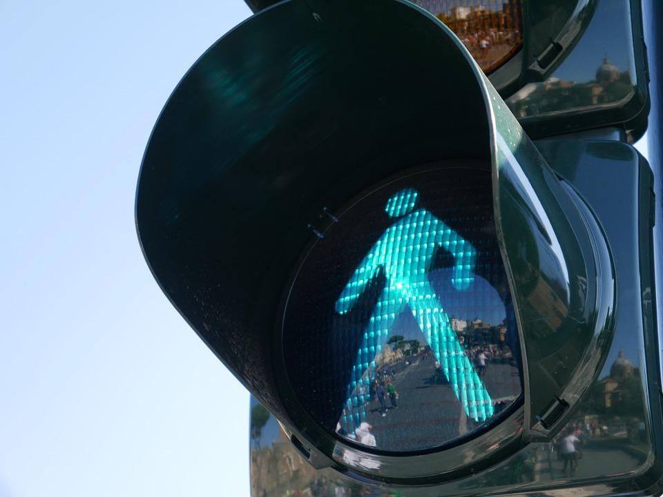 В ближайшие две недели в Воронеже заработают «умные светофоры»