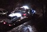 В сети обсуждают массовые ночные эвакуации машин из воронежских дворов - фото