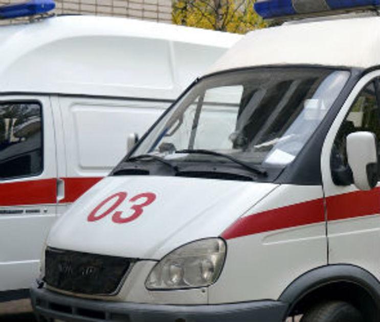 На Петровской набережной иномарка сбила женщину на пешеходном переходе