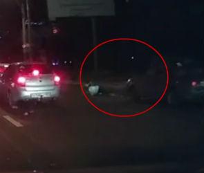 Пенсионерку сбили на пешеходном переходе в Воронеже: момент ДТП попал на видео