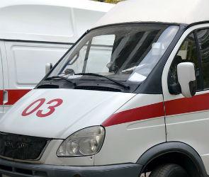 Три человека пострадали в столкновении иномарок на трассе в Воронежской области