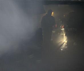 В Воронеже неизвестные подожгли подъезд — 1 человек пострадал, 20 эвакуированы