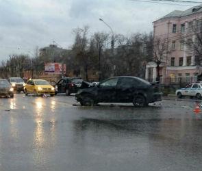 В Воронеже ищут очевидцев ДТП с четырьмя пострадавшими