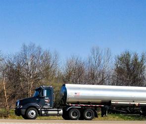 2 тонны дизельного топлива разлилось на воронежской трассе