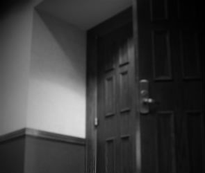 В Новой Усмани женщина нашла в квартире труп бывшего мужа