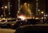 Рано утром в Воронеже сгорели три авто: пожар попал на видео