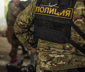 В северном районе Воронежа полиция искала бомбу в салоне автобуса