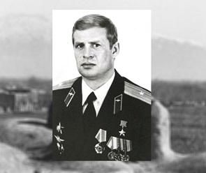 Александр Гусев выразил соболезнования родным погибшего в ДТП Николая Малышева