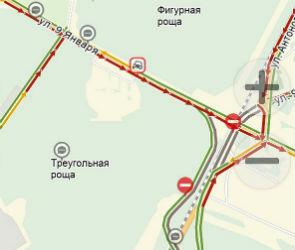 Воронежцы пожаловались на частично перекрытую развязку на улице 9 Января