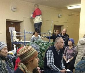 Очевидцы: В Воронеже посетителей поликлиники отравили краской