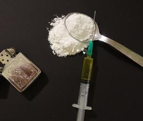 В Воронеже молодые супруги прятали в тайниках опасный дизайнерский наркотик