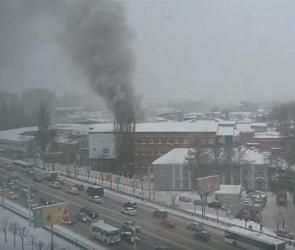 Появилось видео пожара на хладокомбинате в Воронеже