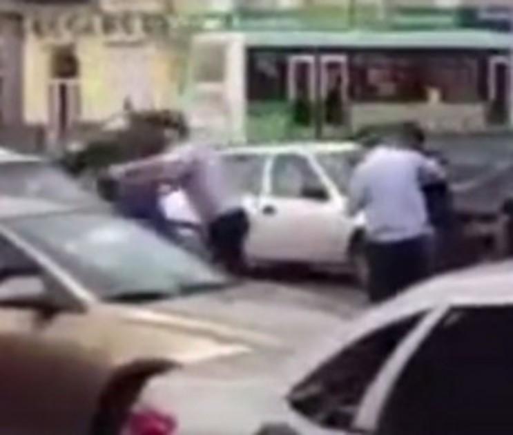 Полицейский получил 3 года тюрьмы за избиение автомобилистов в центре Воронежа