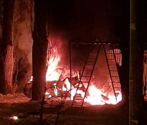 Мощный взрыв машины у детского сада в Воронеже попал на видео