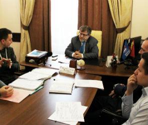Воронежцы пожаловались депутату на бездействие чиновников