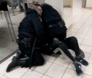 МВД возбудило уголовное дело после избиения воронежца в «Галерее Чижова»