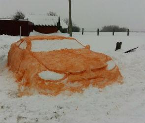 Фото необычных снеговиков выкладывают в Сеть жители Воронежа