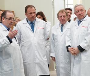 Глава Роскосмоса потребовал объединить воронежские КБХА и ВМЗ в течение года