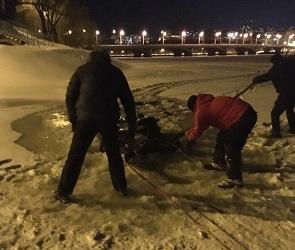 На Воронежском водохранилище снегоход ушел под лед
