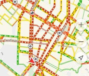 Вечером Воронеж парализовали 9-балльные пробки