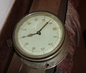 В квартире воронежца спасатели обнаружили радиоактивные часы