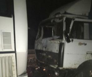 Четыре человека погибли в страшной аварии с автобусом на трассе М-4 Дон