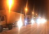 В Воронеже застрявшие на проспекте фуры создали гигантскую пробку - видео