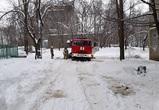 Спасатели не могли проехать к месту пожара под детсадом из-за нечищеного двора